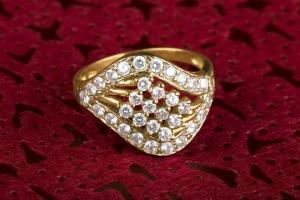 Divat gyűrű